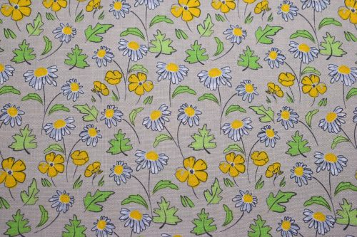 Buttercup and Daisy Quilting fabric by Debbie Shore